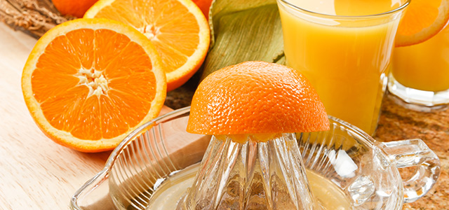 Squeezing oranges: some tips and tricks to get more juice
