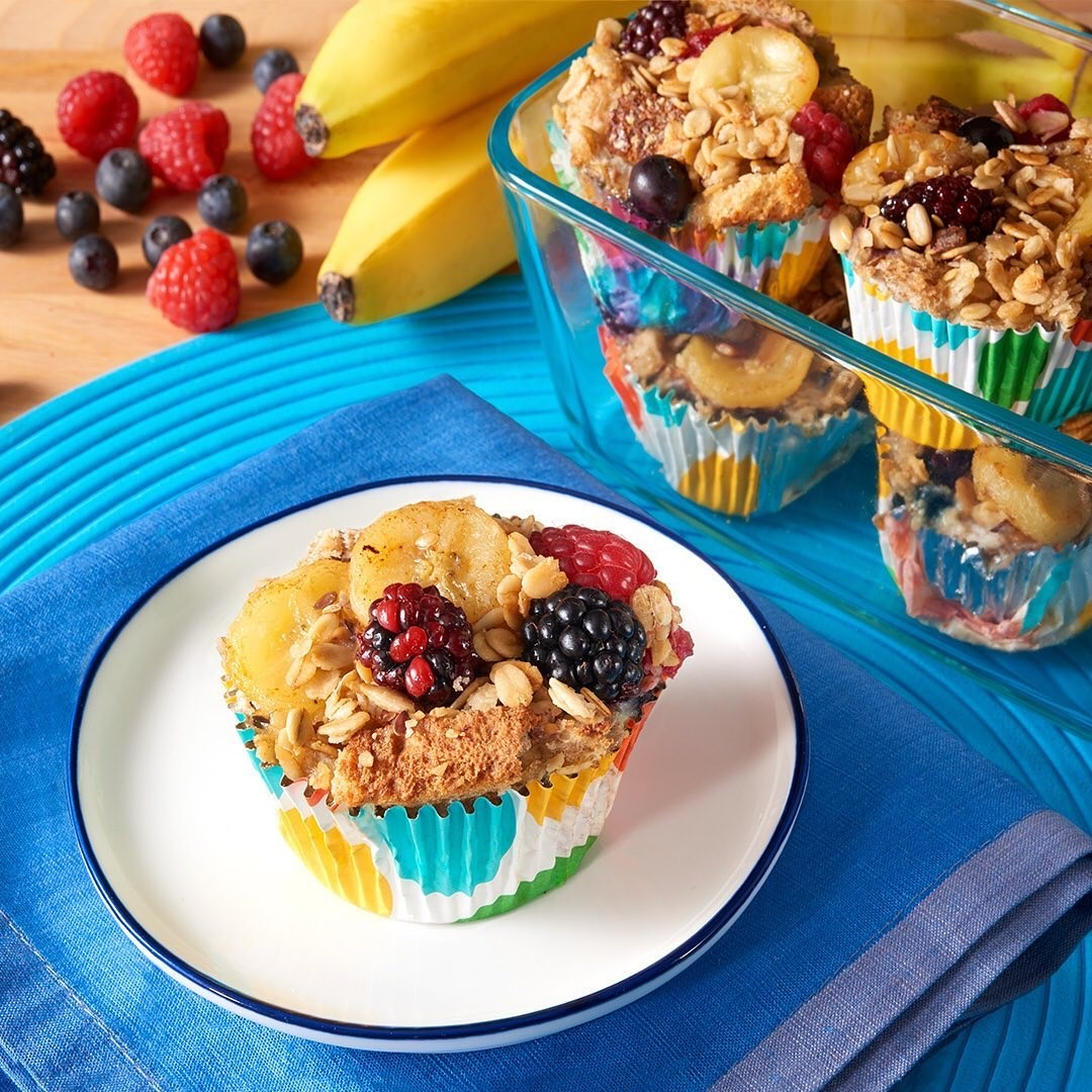 Banana and Berry Breakfast Cups