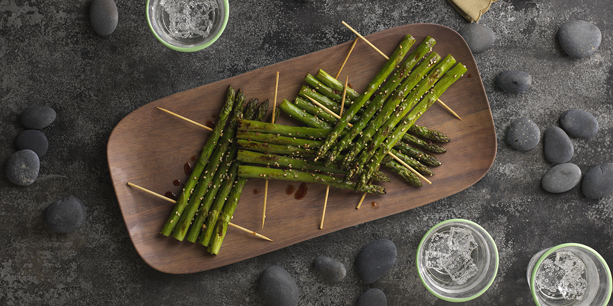 Broiled Asparagus with Sesame Sauce_9996_trimmed